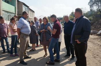 Губернатор проинспектировал ход аварийно-восстановительным работам в Безверхово и Славянке